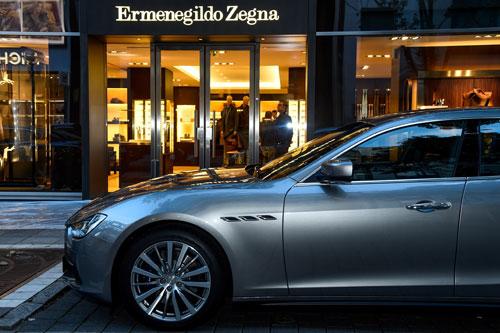 Maserati hợp tác với Ermenegildo Zegna mang chất liệu lụa danh tiếng vào các chi tiết trên các dòng xe.