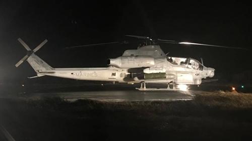 Trực thăng Mỹ hạ cánh khẩn xuống làng