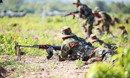 Quân đội Campuchia tập luyện ở Kampong Speu. Ảnh:Khmer Times.
