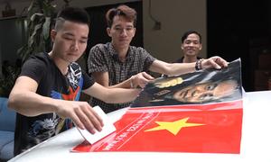 In decal miễn phí cho hàng trăm ôtô cổ động U23 Việt Nam