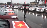 Hơn trăm ôtô gắn quốc kỳ diễu hành cổ vũ U23 Việt Nam