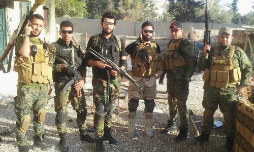 Các tay súng thân Iran tham chiến tại Syria. Ảnh: Al Masdar News.