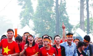 Người hâm mộ chuẩn bị gì cho trận U23 Việt Nam - Uzbekistan?