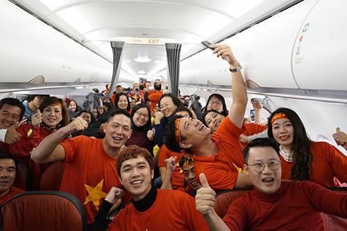 Chuyến bay đưa cổ động viên Việt Nam sang Thường Châu, Trung Quốc xem chung kết U23.
