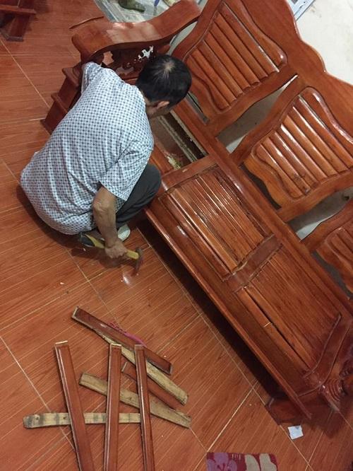 Ghế ngồi cũng chẳng chịu nổi sự rung chuyển của fan cuồngU23 Việt Nam.