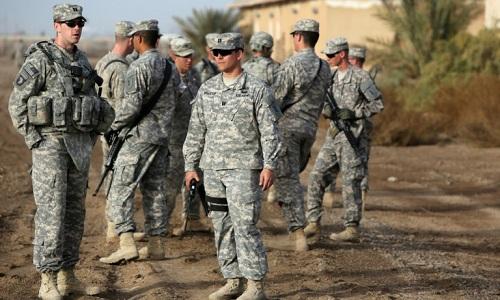 Binh sĩ Mỹ bên ngoài căn cứTaji tại Iraq. Ảnh: AFP.