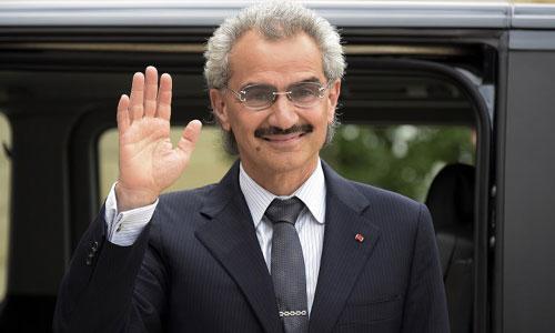 Hoàng tử Alwaleed bin Talal trước khi bị giam giữ. Ảnh: AFP.