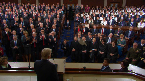 Trump phát biểu trước lưỡng viện quốc hội Mỹ năm ngoái. Ảnh: NBC News.