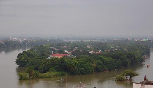 Tượng đài Huyền Trân Công Chúa sẽ được đặt tại Cồn Hến giữa dòng sông Hương. Ảnh: Võ Thạnh.