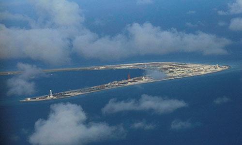 Hình ảnh căn cứ ở đá Subi trên Biển Đông do Trung Quốc xây dựng trái phép hồi tháng 4 năm ngoái. Ảnh: FP.