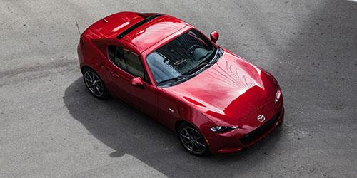 Mazda đang nghiên cứu về thế hệ động cơ xăng mới SkyActiv-3. Ảnh: Roadandtrack.