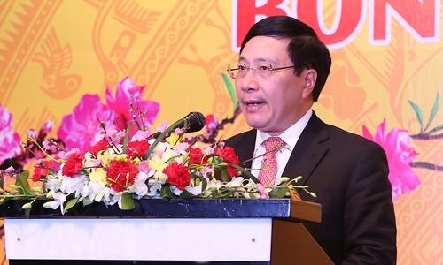 Phó thủ tướng Phạm Bình Minh phát biểu tại sự kiện chiều nay. Ảnh: Giang Huy.