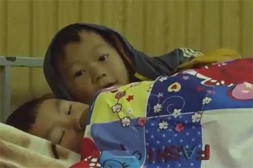 Học sinh tỉnh Yên Bái được bố trí chăn ấm để giữ sức khỏe trong những ngày giá rét. Ảnh minh họa: CTV.