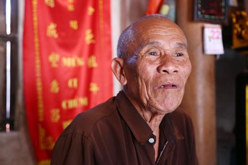 Người mang thân phận tử tù hơn 40 năm ở Bắc Ninh - cụ Trần Văn Thêm. Ảnh: Phạm Dự.