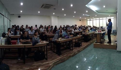 Đại học Công nghiệp TP HCM tuyển sinh hơn 500 thạc sĩ - 1