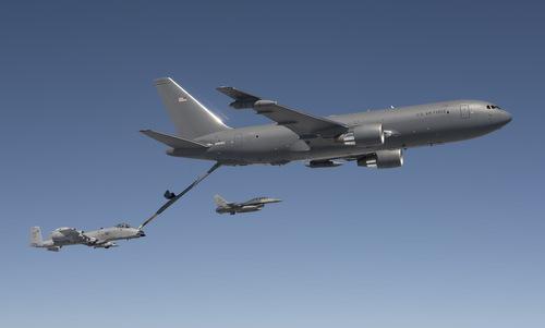 Máy bay tiếp dầu KC-46 trong quá trình thử nghiệm. Ảnh: USAF.