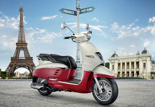 Django - xe tay ga phong cách Pháp tại Việt Nam.