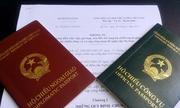 Tòa án khuyến cáo cán bộ giữ hình ảnh khi dùng hộ chiếu công vụ