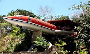 Máy bay bỏ đi biến thành khách sạn tiện nghi ở Costa Rica