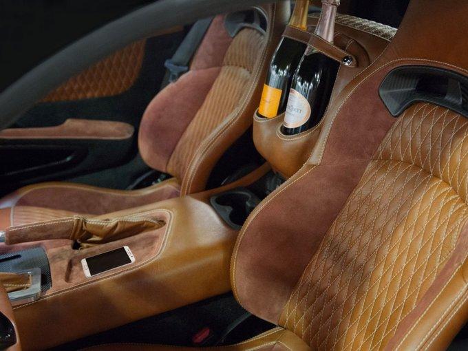 Những mẫu xe hơi có nội thất xa xỉ nhất thế giới