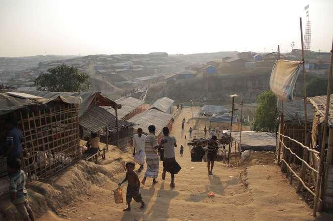 Cuộc sống đầy nguy cơ của người tị nạn Rohingya ở biên giới Bangladesh