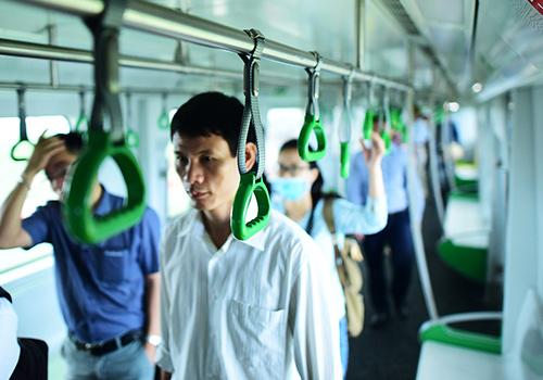 Nhiều đoàn tàu Cát Linh - Hà Đông đã được chuyển từ Trung Quốc về Việt Nam. Ảnh: Giang Huy.