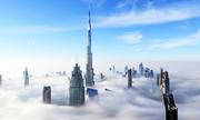 Những tòa nhà chọc trời ẩn hiện trong sương mù ở Dubai