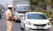 Không dừng xe theo yêu cầu của cảnh sát, có phải là chống đối?