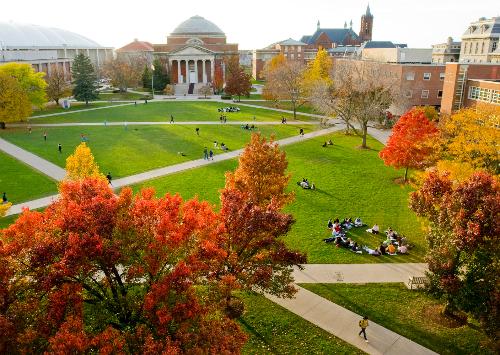 Khuôn viên trường Stony Brook University tại New York.