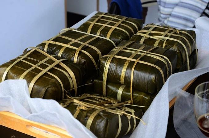 Bánh chưng xanh của người Việt trên đất Bỉ