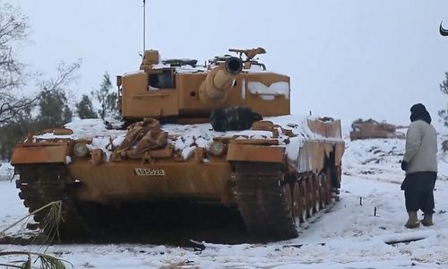 Một chiếc Leopard 2A4 Thổ Nhĩ Kỳ bị IS thu giữ. Ảnh: Twitter.