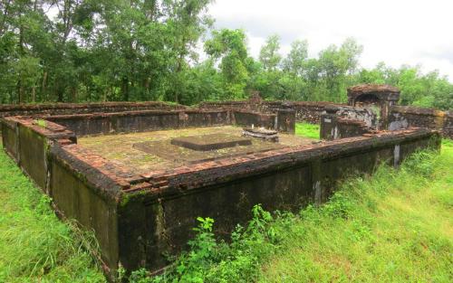 Lăng mộ của Võ vương ở xã Hương Thọ, thị xã Hương Trà, Thừa Thiên Huế. Ảnh: Võ Thạnh