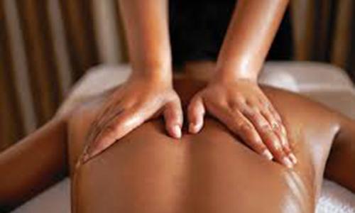 Nhóm giang hồ đập tiệm massage vì không được tiếp viên 'chiều'