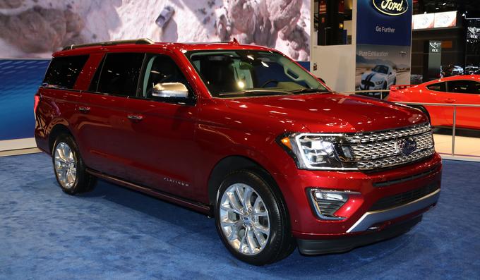 Bộ sưu tập SUV và bán tải cỡ lớn ở Mỹ