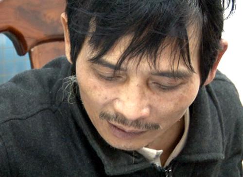 Trương Xuân Hùng bị bắt giữ. Ảnh: C.A.
