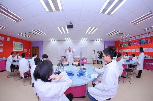 Thí sinh Gameshow Chinh phục nhận học bổng 1,5 tỷ đồng từ TH School