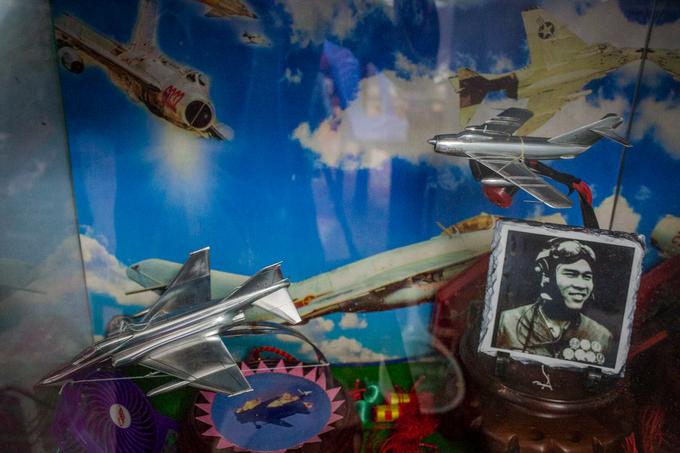 Cuộc sống vườn tược của đại tá phi công từng bắn rơi 7 máy bay Mỹ