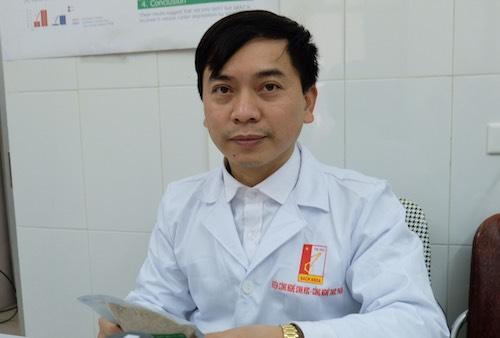 Trung tá Lưu Anh Văn đang làm nghiên cứu sinh Tiến sĩ tại Đại học Bách khoa Hà Nội. Ảnh: Hoàng Thuỳ