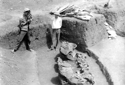 Một góckhai quật khảo cổ học tại Làng Vạc năm 1973. Ảnh: Bảo tàng tỉnh Nghệ An cung cấp.