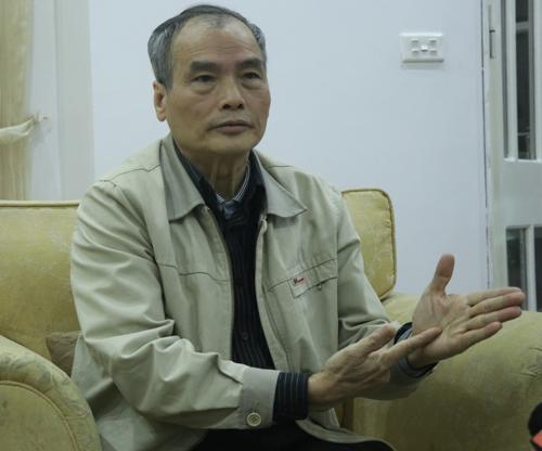 Nguyên phó giám đốc Học viện hành chính quốc gia, PGS TS Nguyễn Hữu Khiển. Ảnh: Võ Hải.