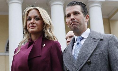 Donald Trump Jr. và vợ Vanessa. Ảnh: AP.