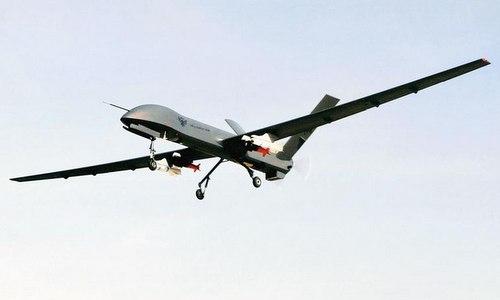 Máy bay không người lái CH-4 mang vũ khí thử nghiệm. Ảnh: Sina.