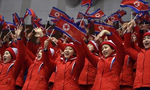 Đội cổ vũ Triều Tiên tại Olympic Pyeongchang. Ảnh: AFP.
