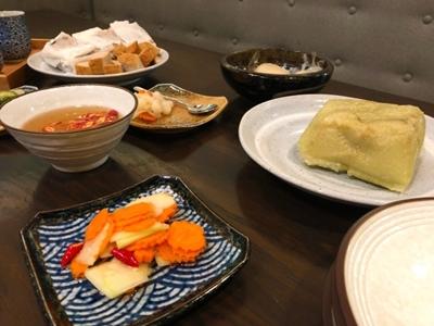 Đầu bếp gốc Việt gìn giữ mâm cỗ đón Tết ở Canada