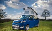 Toyota Proace Lerina - xe van dã ngoại giá 59.000 USD