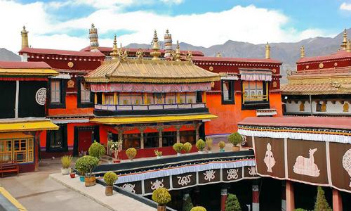 Hỏa hoạn tại chùa thiêng ở Tây Tạng
