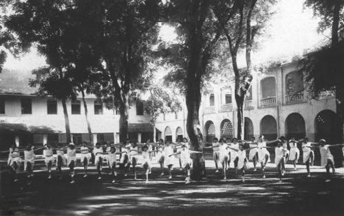 Bốn ngôi trường trung học trăm tuổi ở Sài Gòn