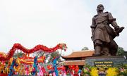 Nghìn người dự hội vua áo vải đánh giặc cứu nước ở Hà Nội