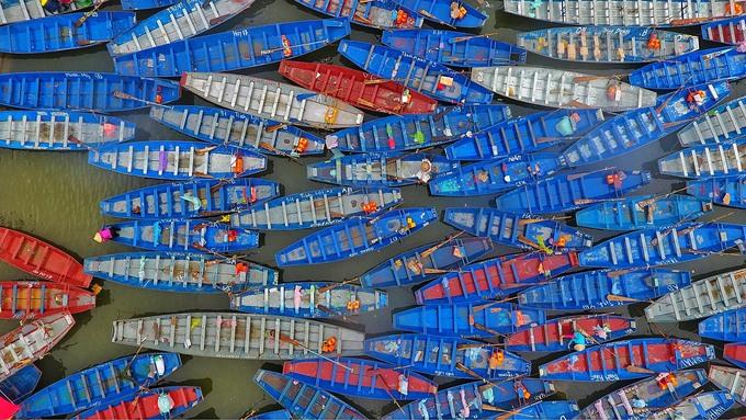 50.000 lượt du khách đi đò dự khai hội chùa Hương