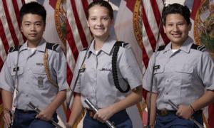 Mỹ truy tặng huân chương cho ba thiếu sinh quân thiệt mạng trong vụ xả súng